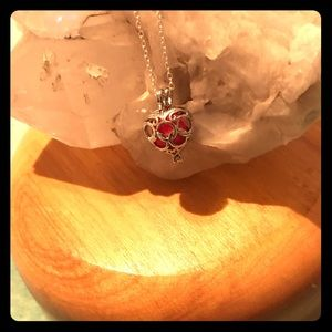 Jewelry - Heart cage aroma diffuser necklace